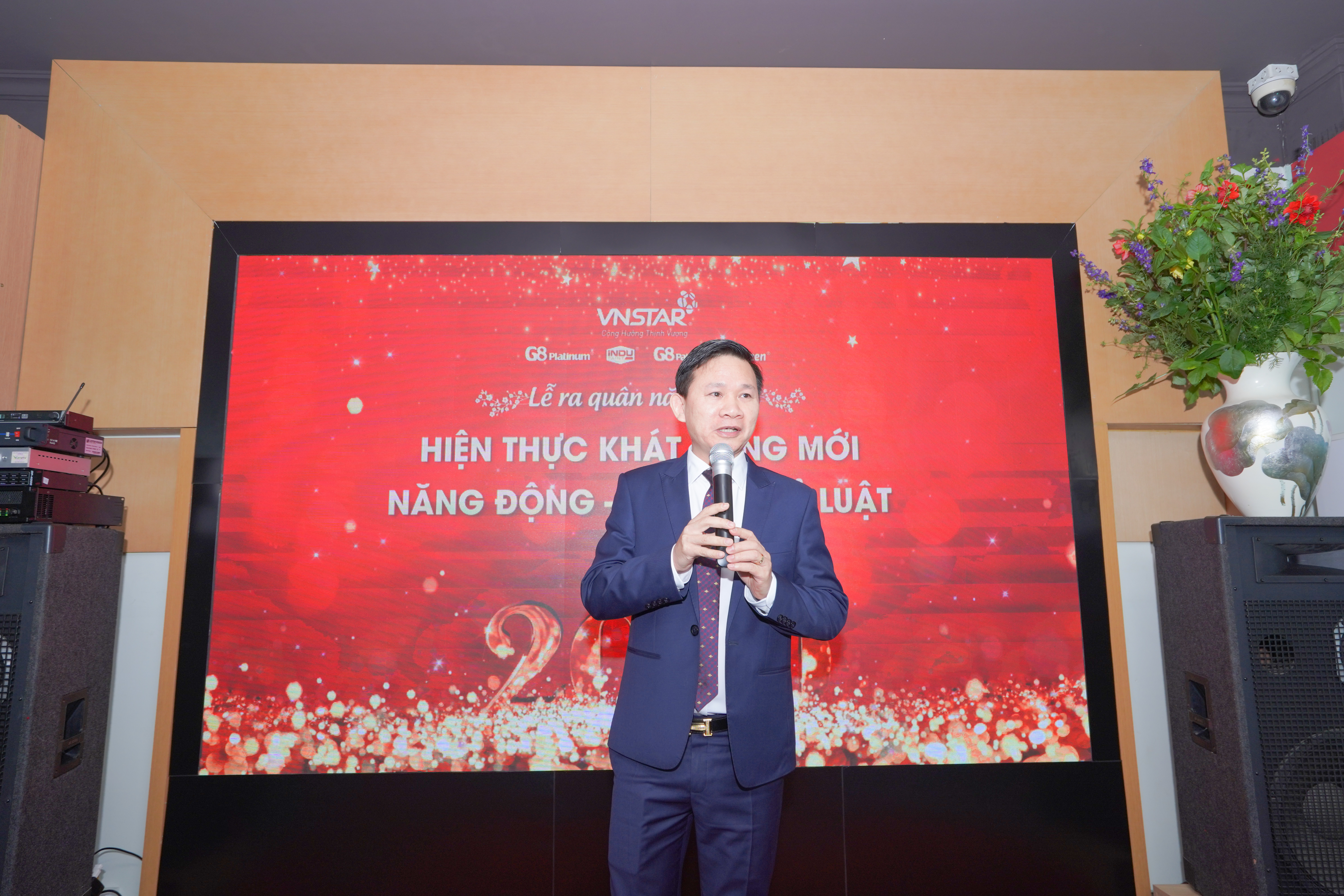 OPENING CEREMONY 2020: VIETNAM STAR IMPLEMENTS NEW ASPIRATIONS